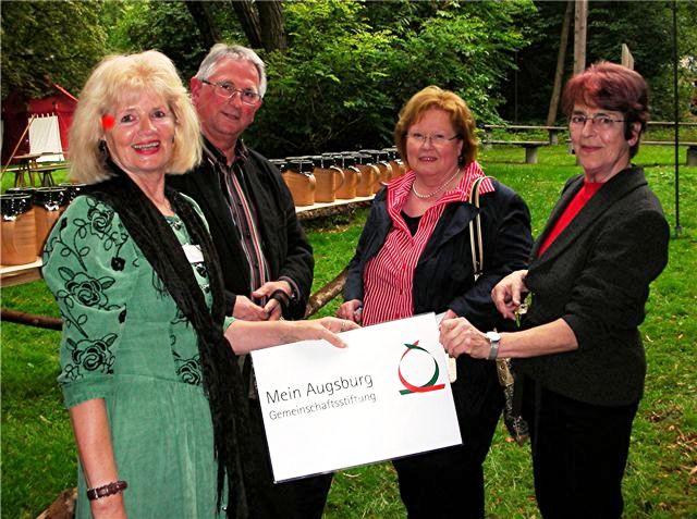 Wertachbrucker Thorfest Unterstützung Förderung Spende Krüge Gemeinschaftsstiftung Mein Augsburg Projekte Augsburger Altstadt Stiftung Bürger Freunde Fuggerstadt